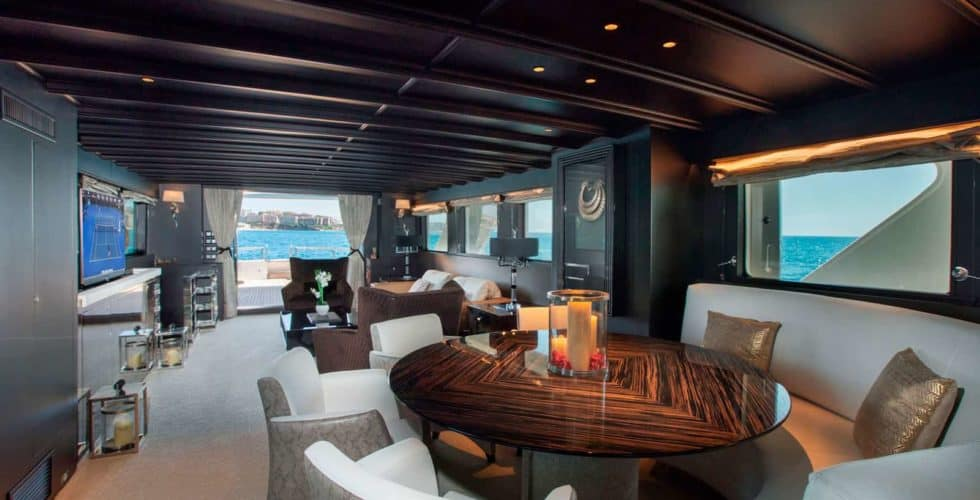 Witsen-and-vis-33m-Yacht-Dining-2