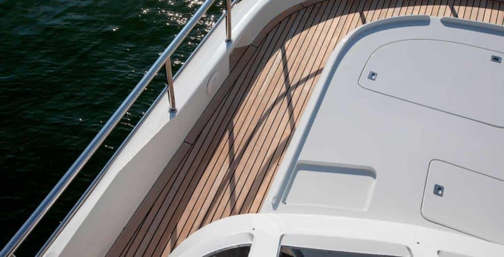Witsen-and-vis-33m-Yacht-Upper-Deck-Front-Solarium