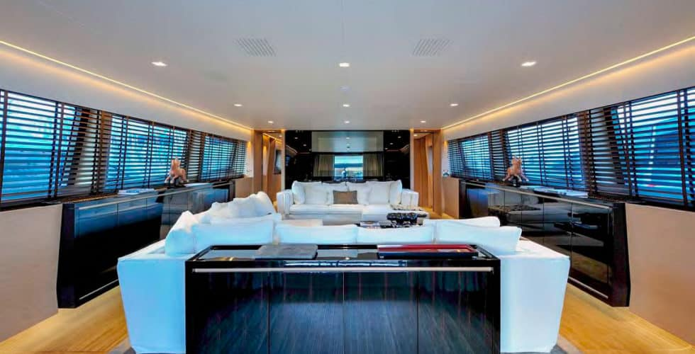 Bertona-Canados-116-Motor-Yacht-Main-Salon-3