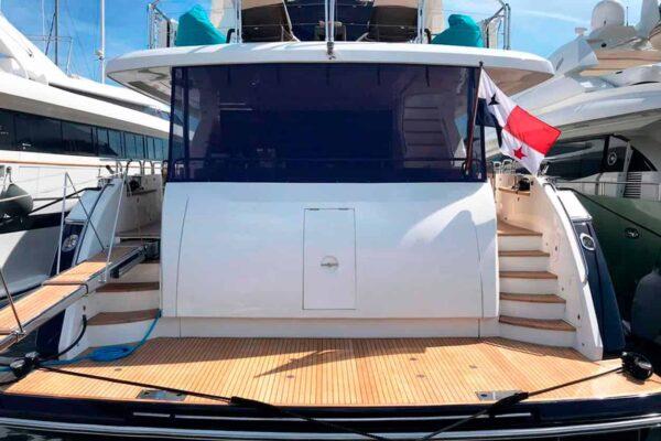 Princess-95-Motor-Yacht-Aft-View