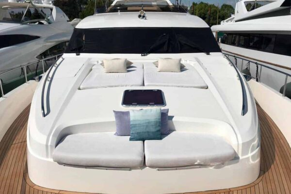 Princess-95-Motor-Yacht-Bow-Area-Solarium