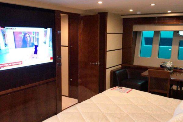 Princess-95-Motor-Yacht-Master-Cabin