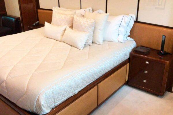 Princess-95-Motor-Yacht-Master-Cabin-Details