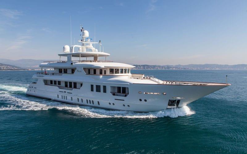 Yacht-Sales-Web-Picture