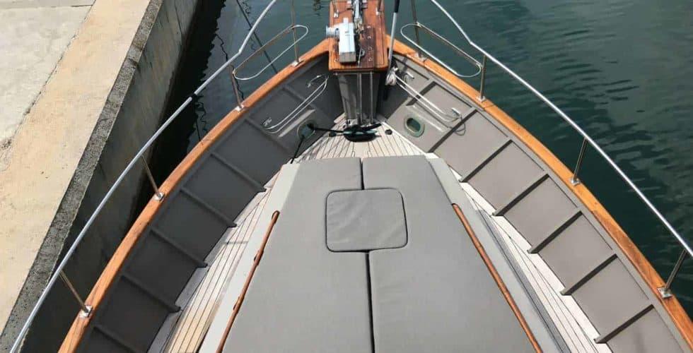 Gypsy-Island-36-Motor-Yacht-Exterior-Bow-Area
