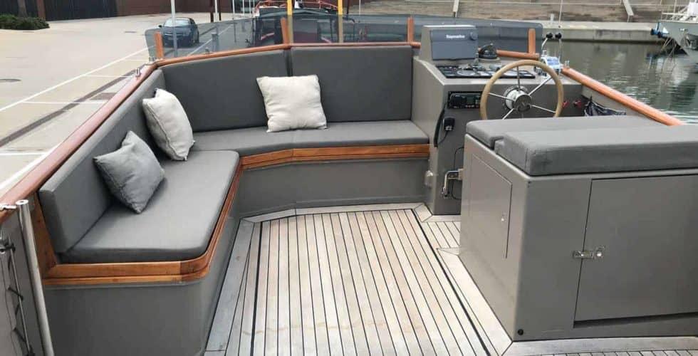 Gypsy-Island-36-Motor-Yacht-Exterior-Flybridge