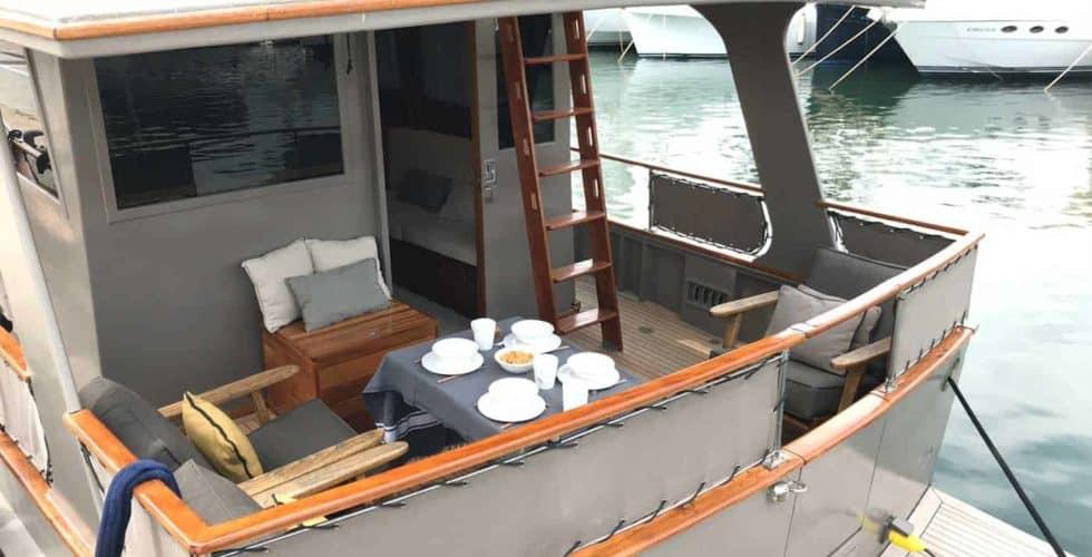 Gypsy-Island-36-Motor-Yacht-Exterior-Flybridge-Aft-View-Details