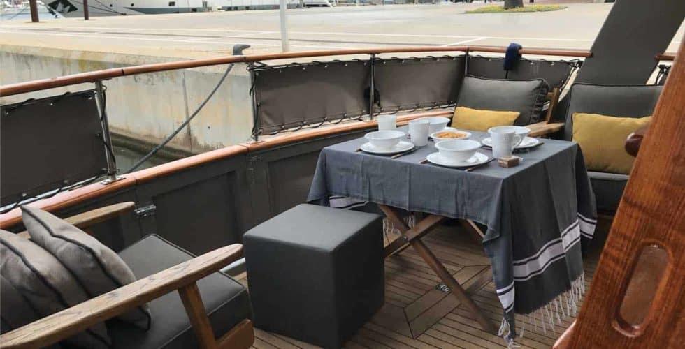 Gypsy-Island-36-Motor-Yacht-Exterior-Cockpit