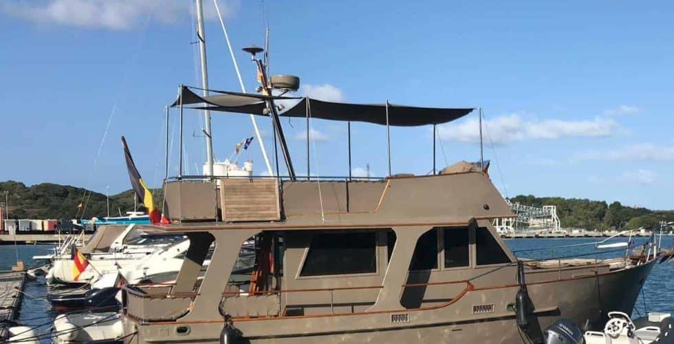 Gypsy-Island-36-Motor-Yacht-Exterior-Profile