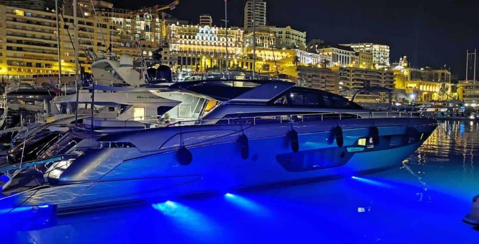 Motor-Yacht-Riva-Domino-88-Night