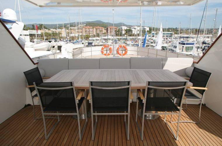 Benetti 26D - Motor Yacht - Exterior - Dining Area