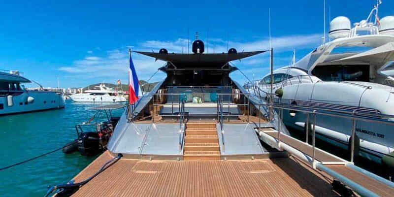 Palmer-Johnson-PJ120-Escape-Motor Yacht-Exterior-Swim-Pltaform