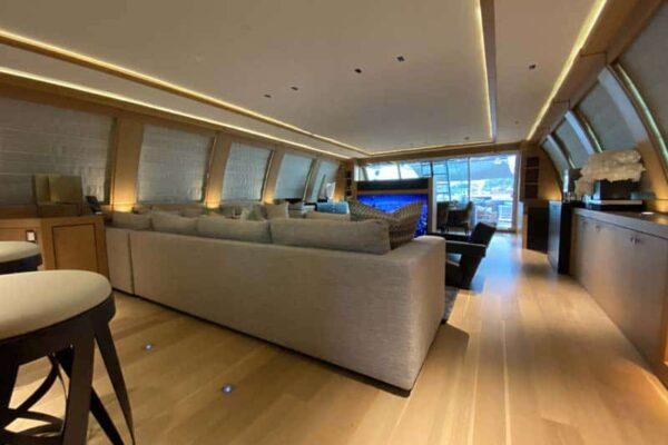 Palmer Johnson PJ120 Escape Motor Yacht Main Salon
