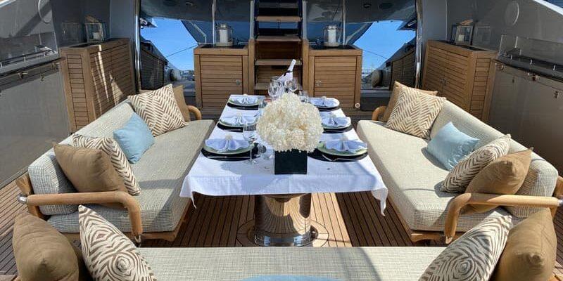 Palmer-Johnson-PJ120-Motor-Yacht-Dining-Aft