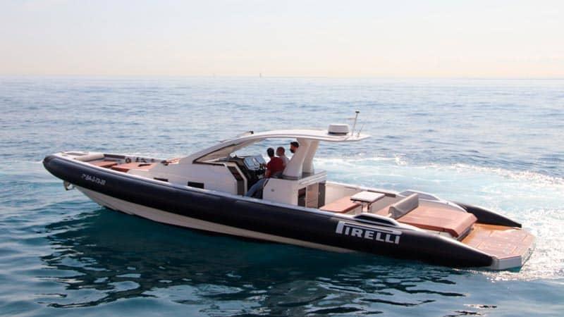 PIRELLI-42-Speedboat-Running