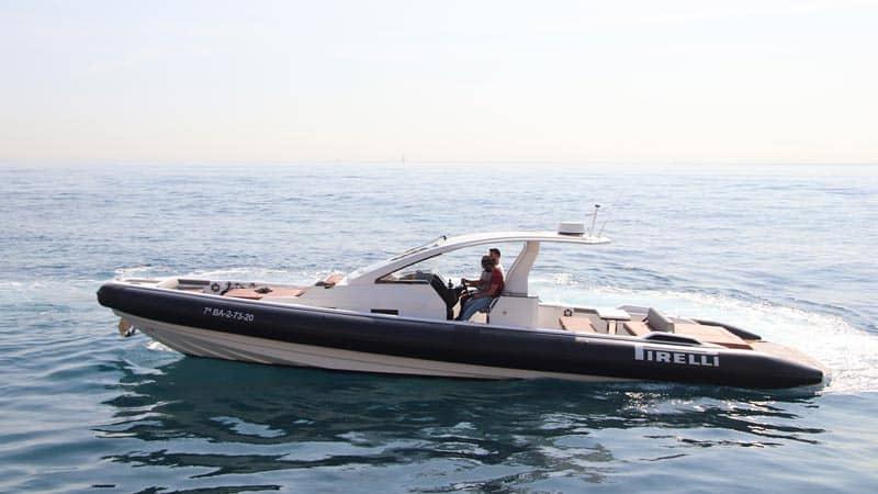 PIRELLI-42-Speedboat-Profile