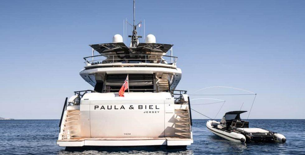 Paula-&-Biel-peri-37-motor-yacht-exterior-aft-view