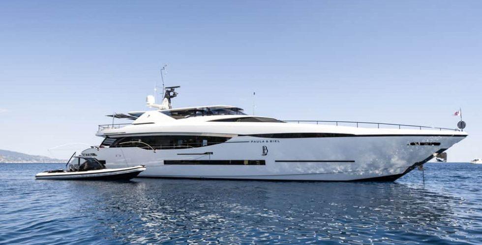 Paula-&-Biel-peri-37-motor-yacht-exterior-at-anchor-with-tender