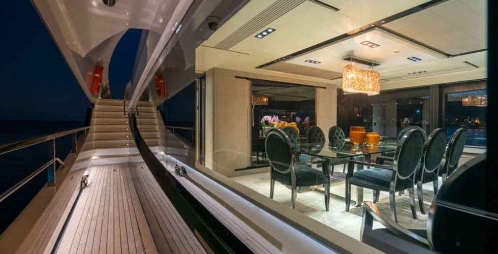 Paula-&-Biel-peri-37-motor-yacht-exterior-night-views