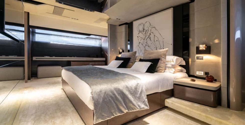 Paula-&-Biel-peri-37m-motor-yacht-interior-master-cabin