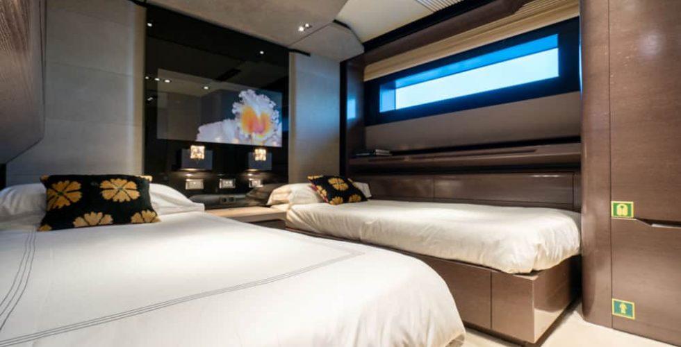 Paula-&-Biel-peri-37m-motor-yacht-interior-twin-cabin